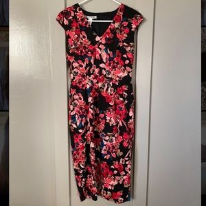 Floral, form fitting, midi dress.
